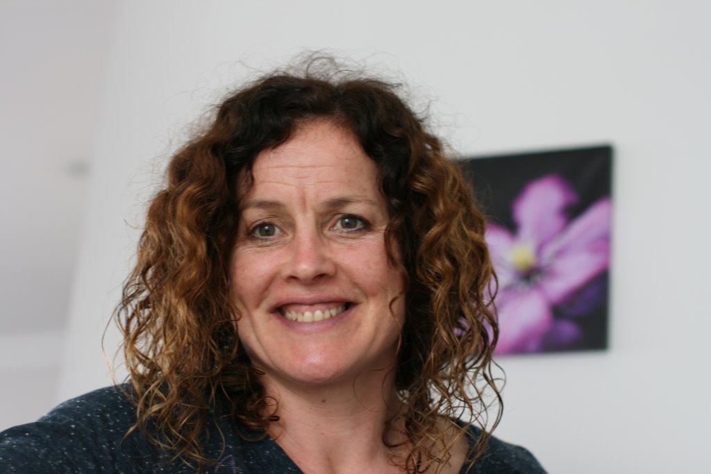 Fiona Ross Net Worth